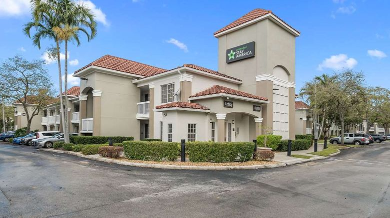 """Extended Stay America Stes Mia Airport B Exterior. Images powered by <a href=""""http://web.iceportal.com"""" target=""""_blank"""" rel=""""noopener"""">Ice Portal</a>."""