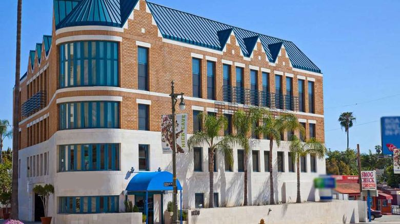 """Century Park Hotel LA Exterior. Images powered by <a href=""""http://web.iceportal.com"""" target=""""_blank"""" rel=""""noopener"""">Ice Portal</a>."""