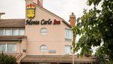 Monte Carlo Inn Oakville Suites Suite