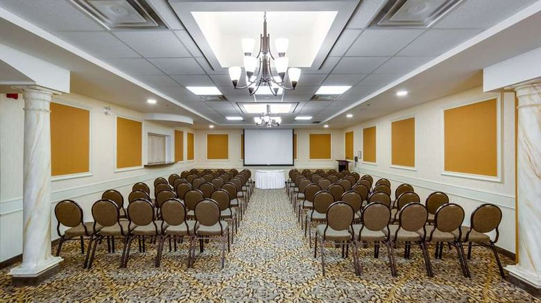 """Monte Carlo Inn Barrie Suites Restaurant. Images powered by <a href=""""http://web.iceportal.com"""" target=""""_blank"""" rel=""""noopener"""">Ice Portal</a>."""