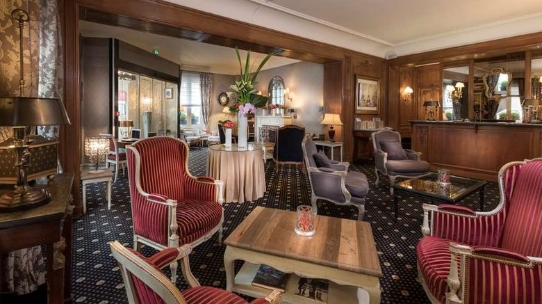 """Hotel Claridge Bellman Lobby. Images powered by <a href=""""http://web.iceportal.com"""" target=""""_blank"""" rel=""""noopener"""">Ice Portal</a>."""