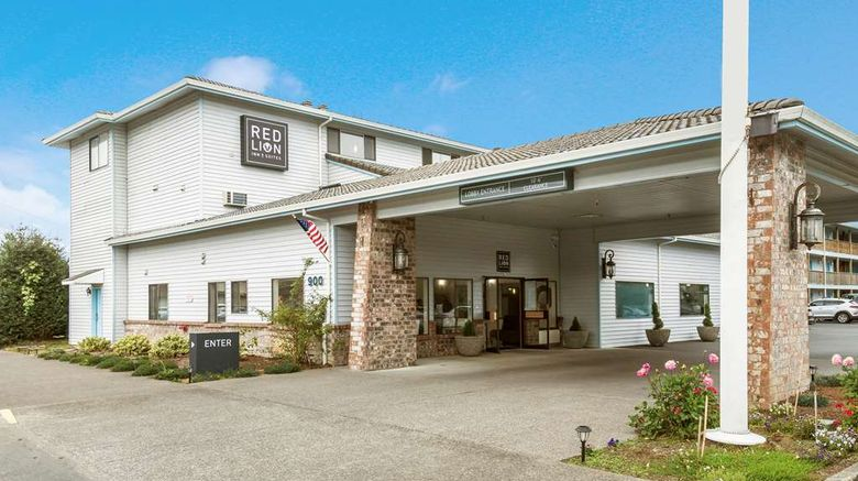 """Red Lion Inn  and  Suites, Seaside Exterior. Images powered by <a href=""""http://web.iceportal.com"""" target=""""_blank"""" rel=""""noopener"""">Ice Portal</a>."""