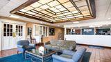 Rodeway Inn & Suites Portsmouth Lobby