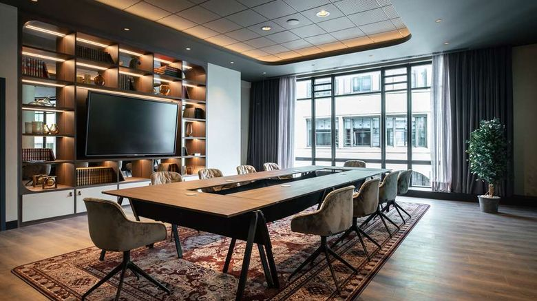 """<b>Radisson Collection Grand Place Brussels Meeting</b>. Images powered by <a href=""""https://iceportal.shijigroup.com/"""" title=""""IcePortal"""" target=""""_blank"""">IcePortal</a>."""