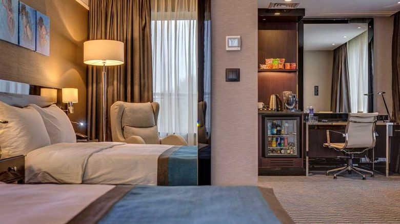 """<b>Radisson Blu Leogrand Chisinau Room</b>. Images powered by <a href=""""https://iceportal.shijigroup.com/"""" title=""""IcePortal"""" target=""""_blank"""">IcePortal</a>."""