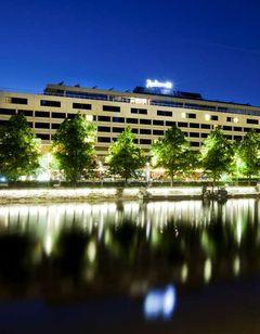 Radisson Blu Marina Palace Hotel