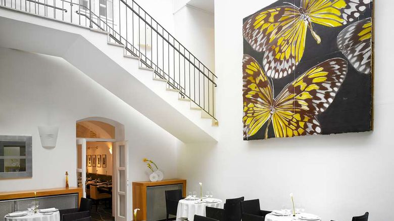 """<b>art'otel budapest, by park plaza Restaurant</b>. Images powered by <a href=""""https://iceportal.shijigroup.com/"""" title=""""IcePortal"""" target=""""_blank"""">IcePortal</a>."""