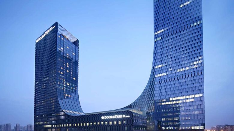 """Hilton Suzhou Exterior. Images powered by <a href=""""http://web.iceportal.com"""" target=""""_blank"""" rel=""""noopener"""">Ice Portal</a>."""