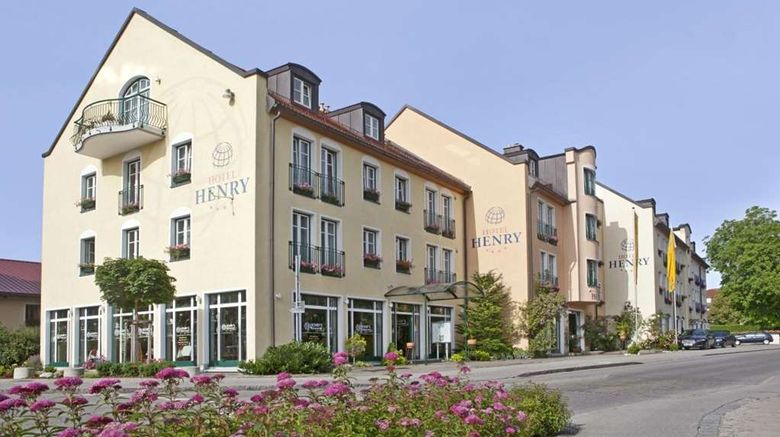 """Hotel Henry Exterior. Images powered by <a href=""""http://web.iceportal.com"""" target=""""_blank"""" rel=""""noopener"""">Ice Portal</a>."""