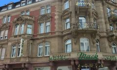 Mack Hotel
