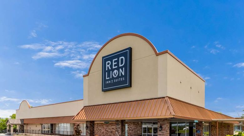"""Red Lion Inn  and  Suites Branson Exterior. Images powered by <a href=""""http://web.iceportal.com"""" target=""""_blank"""" rel=""""noopener"""">Ice Portal</a>."""