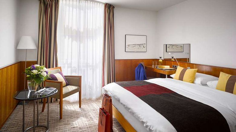 """K+K Palais Hotel Room. Images powered by <a href=""""http://web.iceportal.com"""" target=""""_blank"""" rel=""""noopener"""">Ice Portal</a>."""