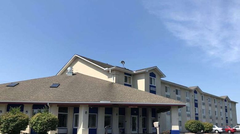"""Days Inn by Wyndham Batavia Exterior. Images powered by <a href=""""http://web.iceportal.com"""" target=""""_blank"""" rel=""""noopener"""">Ice Portal</a>."""
