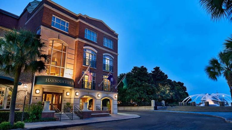 """HarbourView Inn Exterior. Images powered by <a href=""""http://web.iceportal.com"""" target=""""_blank"""" rel=""""noopener"""">Ice Portal</a>."""