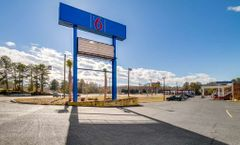 Motel 6 West Columbia Airport