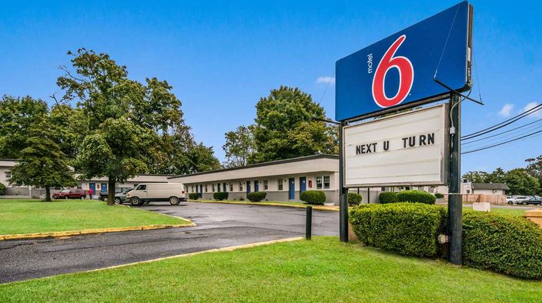 """Motel 6 Tinton Falls Exterior. Images powered by <a href=""""http://web.iceportal.com"""" target=""""_blank"""" rel=""""noopener"""">Ice Portal</a>."""