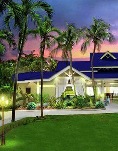 DoubleTree by Hilton Beach Resort & Spa