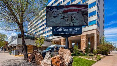 The Rushmore Hotel & Ste BW Premier Coll