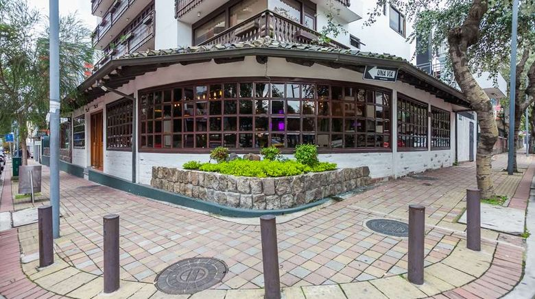 """Selina Quito Exterior. Images powered by <a href=""""http://web.iceportal.com"""" target=""""_blank"""" rel=""""noopener"""">Ice Portal</a>."""