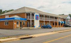 Motel 6 Falls Church VA