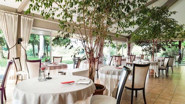 """<b>Logis Hotel Les Jardins du Lac Other</b>. Images powered by <a href=""""https://iceportal.shijigroup.com/"""" title=""""IcePortal"""" target=""""_blank"""">IcePortal</a>."""