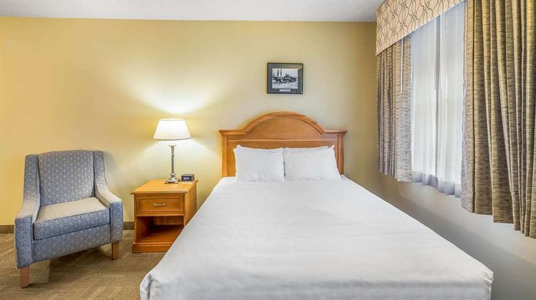 """Clarion Hotel  and  Suites Fairbanks Room. Images powered by <a href=""""http://web.iceportal.com"""" target=""""_blank"""" rel=""""noopener"""">Ice Portal</a>."""