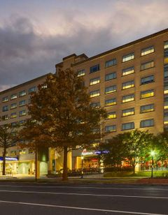 DoubleTree by Hilton St Louis Forest Prk