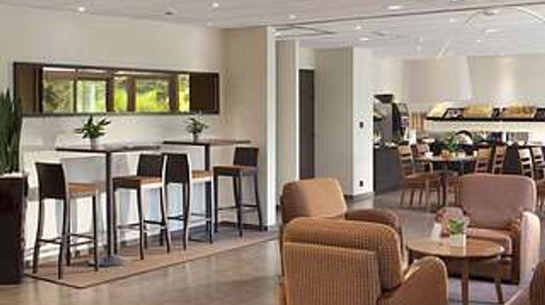 """Hotel Escale Oceania Nantes Aeroport Lobby. Images powered by <a href=""""http://web.iceportal.com"""" target=""""_blank"""" rel=""""noopener"""">Ice Portal</a>."""