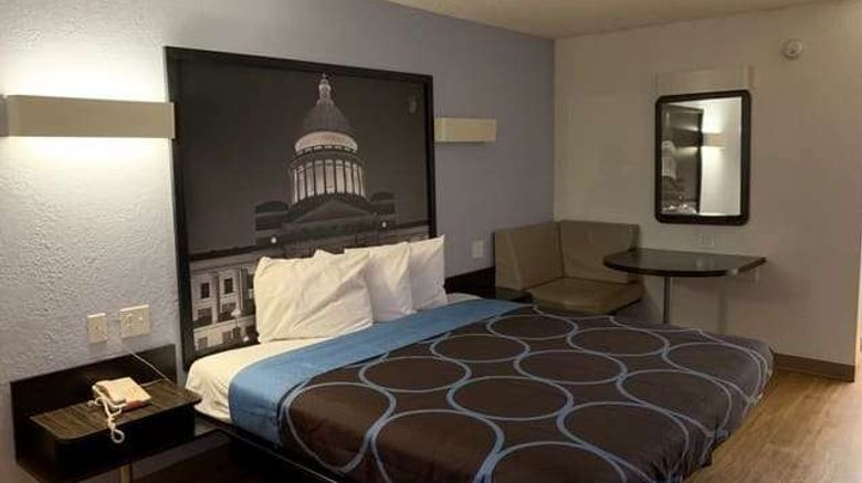 """<b>Super 8 by Wyndham Fort Smith Room</b>. Images powered by <a href=""""https://iceportal.shijigroup.com/"""" title=""""IcePortal"""" target=""""_blank"""">IcePortal</a>."""