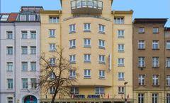 Jurine Hotel
