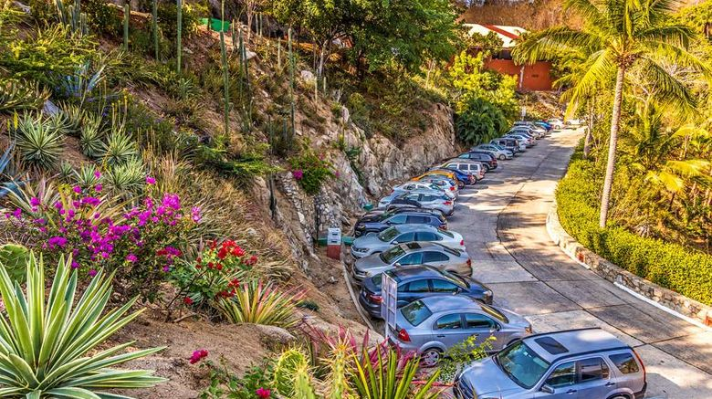 """Las Brisas Huatulco Exterior. Images powered by <a href=""""http://web.iceportal.com"""" target=""""_blank"""" rel=""""noopener"""">Ice Portal</a>."""