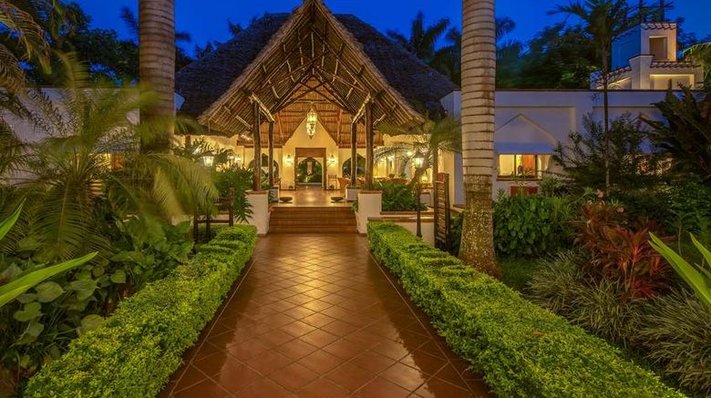 """Sea Cliff Resort and Spa Exterior. Images powered by <a href=""""http://web.iceportal.com"""" target=""""_blank"""" rel=""""noopener"""">Ice Portal</a>."""
