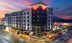 Hampton Inn Riverside Downtown