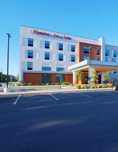 Hampton Inn & Suites Portland West