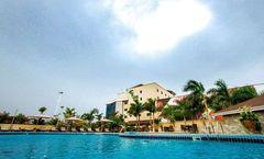 Oak Plaza Hotels - East Airport