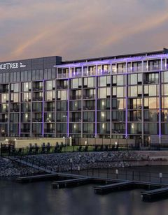 DoubleTree by Hilton Hot Springs