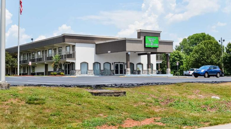 """SureStay Hotel by BW Bowling Green North Exterior. Images powered by <a href=""""http://web.iceportal.com"""" target=""""_blank"""" rel=""""noopener"""">Ice Portal</a>."""