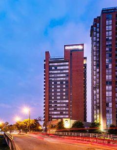 DoubleTree by Hilton Bogota Salitre AR