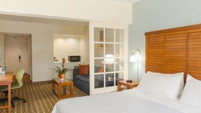 """Radisson Hotel Miami Beach Room. Images powered by <a href=""""http://web.iceportal.com"""" target=""""_blank"""" rel=""""noopener"""">Ice Portal</a>."""