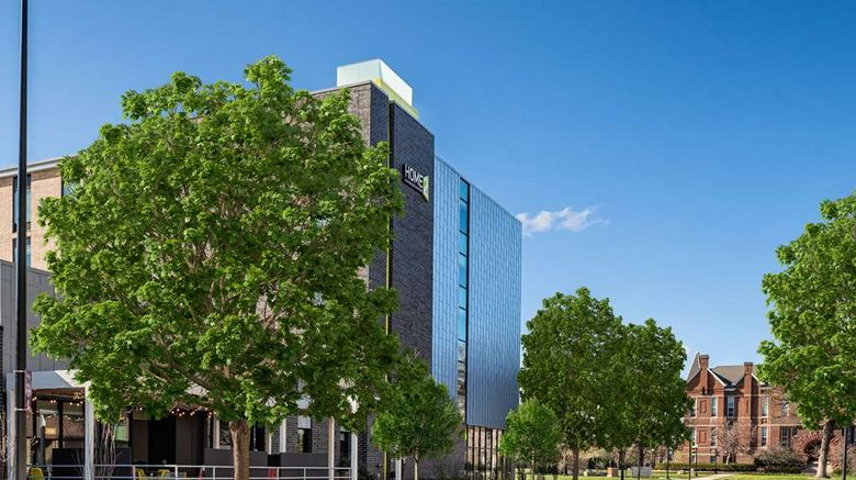 """Home2 Suites Des Moines-Drake University Exterior. Images powered by <a href=""""http://web.iceportal.com"""" target=""""_blank"""" rel=""""noopener"""">Ice Portal</a>."""