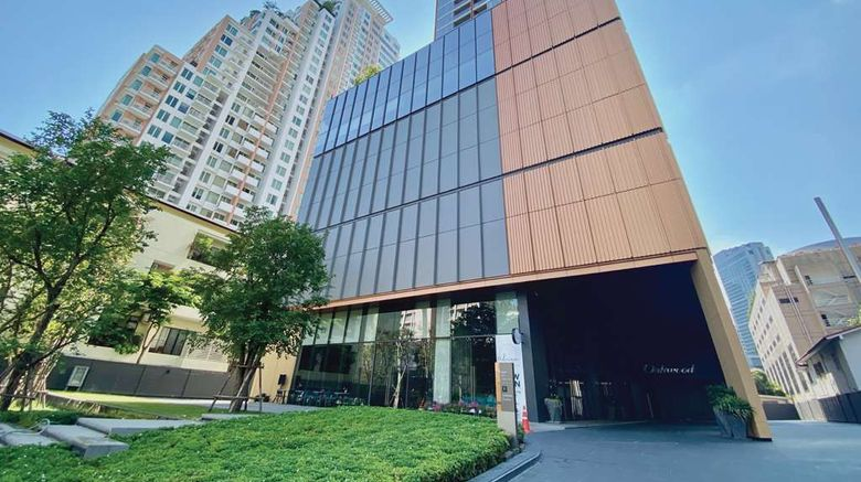 """Oakwood Suites Bangkok Exterior. Images powered by <a href=""""http://web.iceportal.com"""" target=""""_blank"""" rel=""""noopener"""">Ice Portal</a>."""