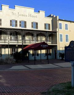 St. James Hotel, Tapestry Collection