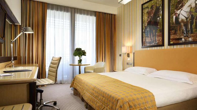 """UNAHOTELS Varese Room. Images powered by <a href=""""http://web.iceportal.com"""" target=""""_blank"""" rel=""""noopener"""">Ice Portal</a>."""