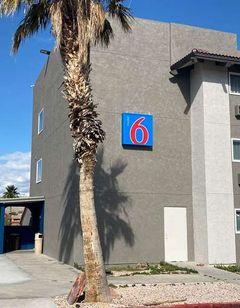 Motel 6 Bullhead City