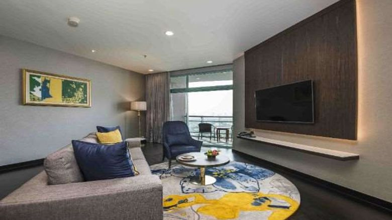 """<b>Chatrium Hotel Riverside Bangkok Suite</b>. Images powered by <a href=""""https://iceportal.shijigroup.com/"""" title=""""IcePortal"""" target=""""_blank"""">IcePortal</a>."""