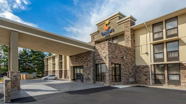 """Comfort Inn Nashville-Opryland Area Exterior. Images powered by <a href=""""http://web.iceportal.com"""" target=""""_blank"""" rel=""""noopener"""">Ice Portal</a>."""