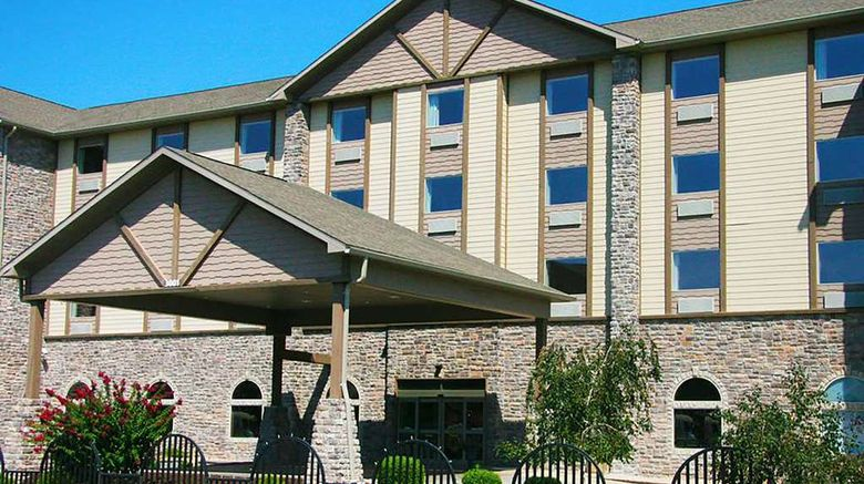 """Travelodge by Wyndham Branson Exterior. Images powered by <a href=""""http://web.iceportal.com"""" target=""""_blank"""" rel=""""noopener"""">Ice Portal</a>."""