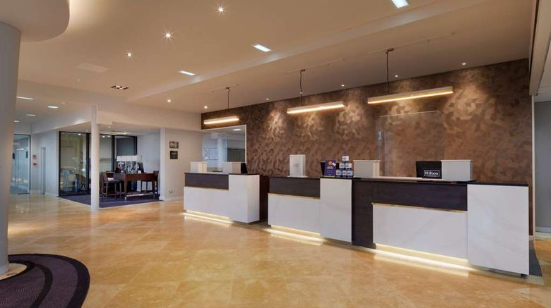 """<b>DoubleTree by Hilton Manchester Airport Lobby</b>. Images powered by <a href=""""https://iceportal.shijigroup.com/"""" title=""""IcePortal"""" target=""""_blank"""">IcePortal</a>."""