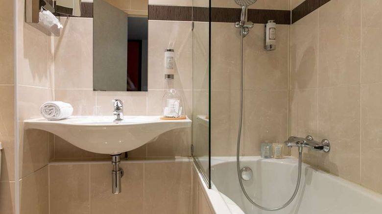 """<b>Hotel Saint-Nicolas Room</b>. Images powered by <a href=""""https://iceportal.shijigroup.com/"""" title=""""IcePortal"""" target=""""_blank"""">IcePortal</a>."""