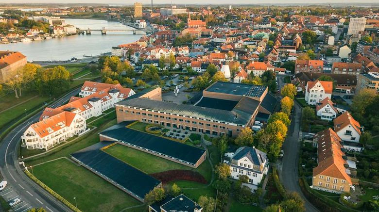 """Sonderborg Strand, Sure Hotel Coll by BW Exterior. Images powered by <a href=""""http://web.iceportal.com"""" target=""""_blank"""" rel=""""noopener"""">Ice Portal</a>."""